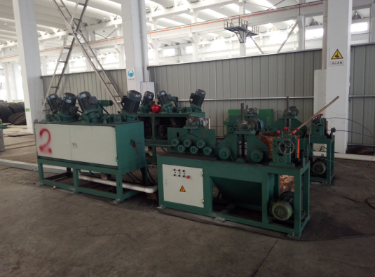 1440rpm 4KW Steel Brush Wire Descaling Machine With Ø5.5mm - Ø20mm Inlet Diameter